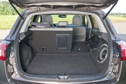 Peugeot 4008 B Innenansicht statisch Kofferraum Rücksitze 1/3 umgeklappt