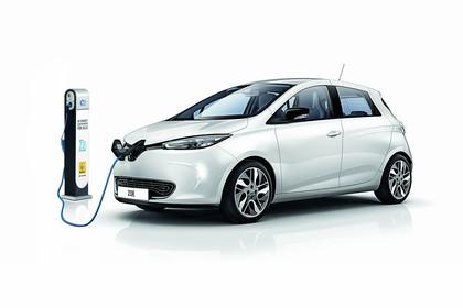 Renault ZOE Aussenansicht Front schräg statisch Studio weiss