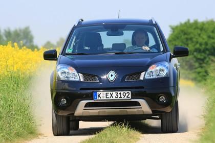 Renault Koleos Y Aussenansicht Front dynamisch schwarz