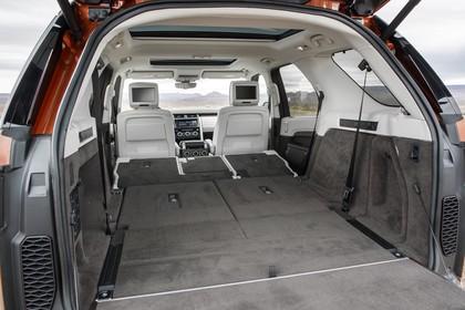 Land Rover Discovery LR Innenansicht Detail statisch weiß schwarz Kofferraum