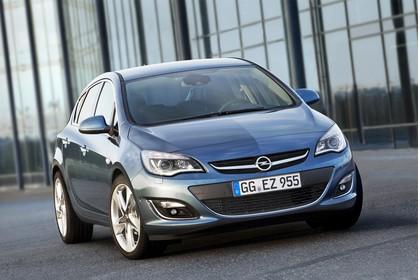 Opel Astra J Aussenansicht Front statisch blau