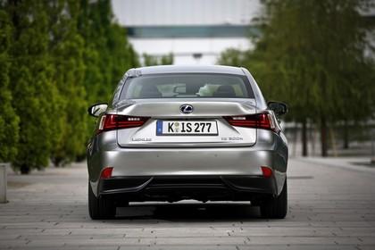 Lexus IS XE3 Aussenansicht Heck statisch grau