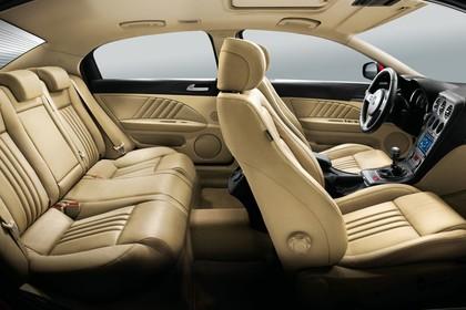 Alfa Romeo 159 939 Innenansicht statisch Studio Rücksitze Vordersitze und Armaturenbrett beifahrerseitig