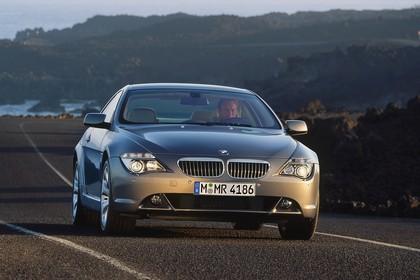 BMW 6er Coupé E63 Aussenansicht Front schräg statisch braun