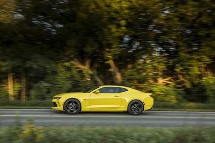 Chevrolet Camaro SS Aussenansicht Seite dynamisch gelb