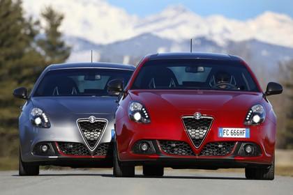 Alfa Romeo Giulietta 940 Aussenansicht Front dynamisch grau rot