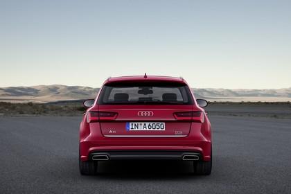 Audi A6 C7 Avant Aussenansicht Heck statisch rot