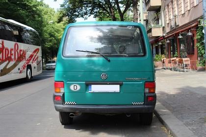 VW T4 Transporter Aussenansicht Heck statisch grün