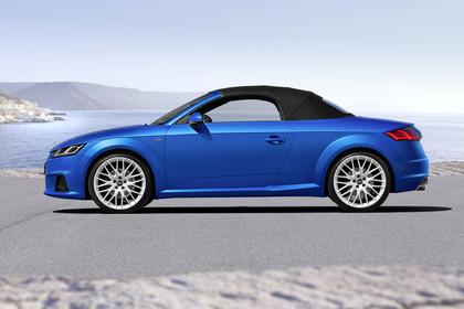 Audi TT 8S Roadster Aussenansicht Seite statisch blau