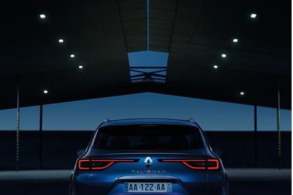 Renault Talisman Grandtourer (RFD) Aussenansicht Heck statisch blau