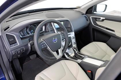 Volvo XC60 (D) Innenansicht Datail Armaturenbrett statisch