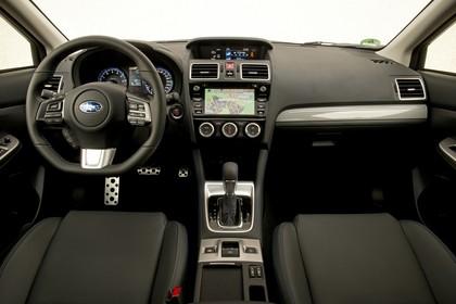 Subaru Levorg Innenansicht statisch Studio Vordersitze und Armaturenbrett