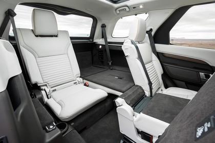 Land Rover Discovery LR Innenansicht statisch weiß schwarz