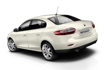 Renault Fluence Z Facelift Aussenansicht Heck schräg statisch Studio beige