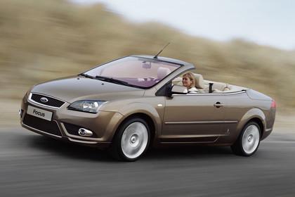 Ford Focus MK2 Cabrio Aussenansicht Seite schräg statisch braun