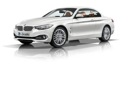 BMW 4er Cabrio F33 Aussenansicht Front schräg Dach geschlossen Studio statisch weiss