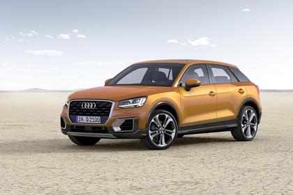 Audi Q2 Aussenansicht Front schräg statisch gold