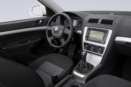 Skoda Octavia 1Z Facelift Combi Innenansicht Beifahrerposition Studio statisch grau