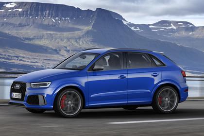 Audi RSQ3 8U Aussenansicht Seite dynamisch blau