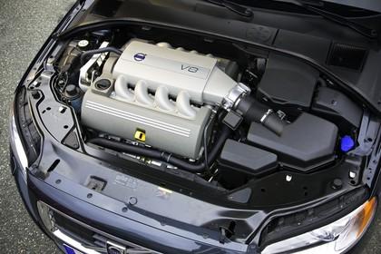 Volvo S80 AS Aussenansicht statisch Detail Motor