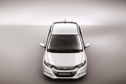 Honda Insight Studio Aussenansicht Front Draufsicht statisch weiß
