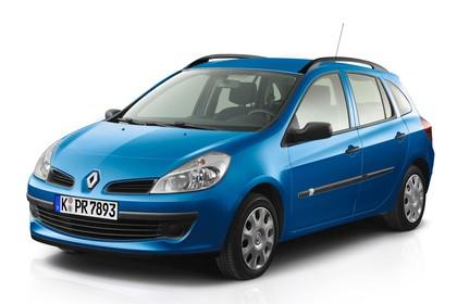 Renault Clio Grandtour R Aussenansicht Front schräg statisch Studio blau
