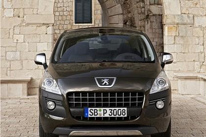 Peugeot 3008 Aussenansicht Front statisch braun
