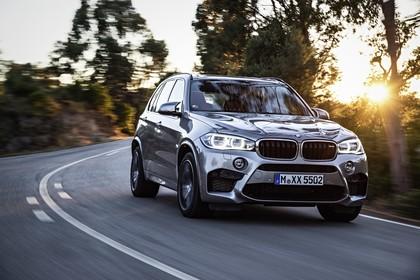 BMW X5 M F85 Aussenansicht Front schräg dynamisch silber