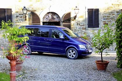 Mercedes-Benz Viano Marco Polo 639 Aussenansicht Seite schräg statisch blau