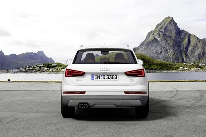 Audi Q3 Aussenansicht Heck statisch weiss