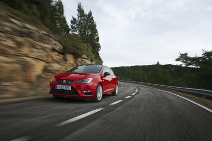 SEAT Ibiza Cupra 6P Front schräg dynamisch rot