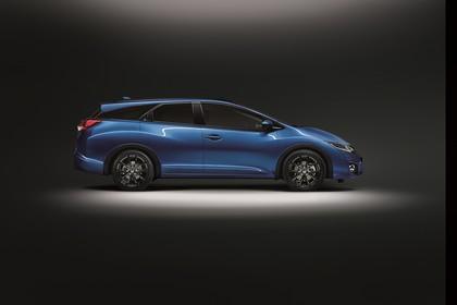 Honda Civic Tourer 9 Aussenansicht Seite statisch Studio blau