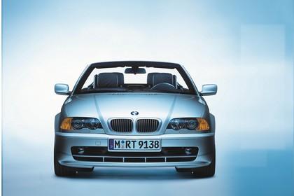 BMW 3er Cabriolet E46 LCI Aussenansicht Front Studio statisch silber