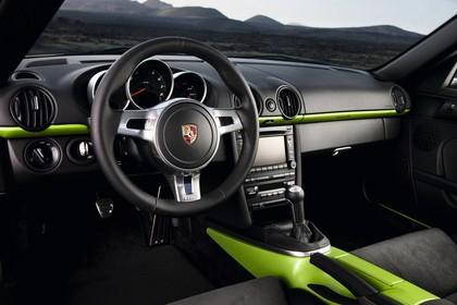 Porsche Cayman R 987 Innenansicht statisch Vordersitze und Armaturenbrett fahrerseitig