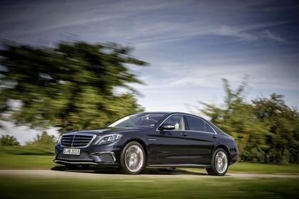 Mercedes-AMG S 65 W222 Aussenansicht Front schräg dynamisch dunkelblau