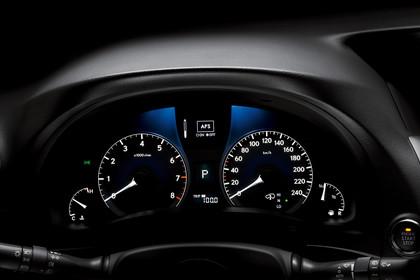 Lexus RX AL1 Studio Innenansicht Detail Tacho statisch schwarz