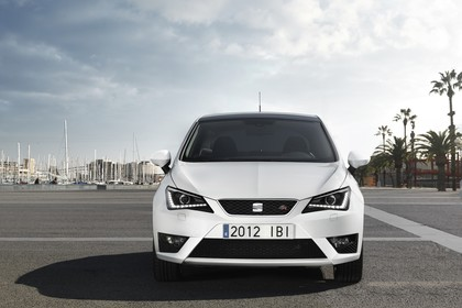 SEAT Ibiza 6P Front statisch weiss