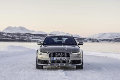 Audi A6 C7 Allroad Aussenansicht Front statisch silber