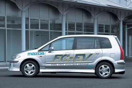 Mazda Premacy FC-EV CP Aussenansicht Seite statisch silber