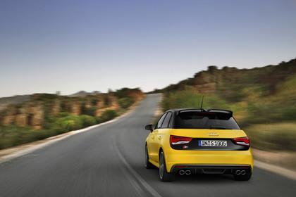 Audi S1 Sportback Aussenansicht Heck dynamisch gelb