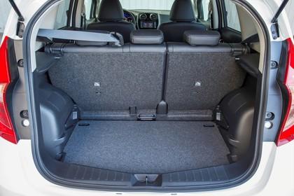 Nissan Note E12 Aussenansicht Heck statisch Heckklappe geöffnet