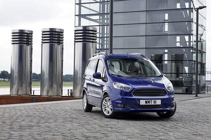 Ford Tourneo Courier JU2 Front schräg statisch blau
