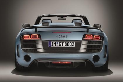 Audi R8 Aussenansicht Heck Studio statisch blau