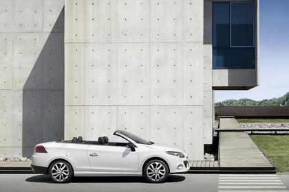 Renault Mégane CC Z Aussenansicht Seite statisch weiss