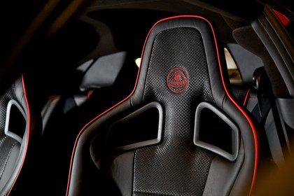 Lotus Evora S Innenansicht statisch Detail Fahrersitz