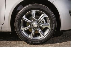 Hyundai ix20 Aussenansicht Detail statisch silber Felgen