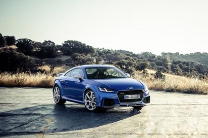 Audi TT RS 8S Roadster Aussenansicht Front schräg statisch blau