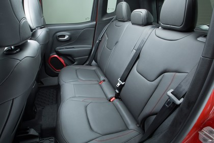 Jeep Renegade (BU) Innenansicht Rücksitzbank