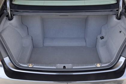 BMW 7er Limousine F01 Innenansicht statisch Kofferraum