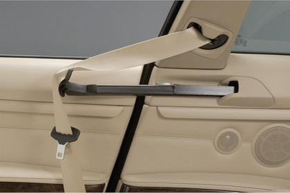 BMW 3er Coupé E46 LCI Innenansicht statisch Studio Detail Gurtbringer